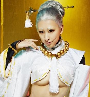浅田舞が舞台ですごいカラダを披露!肉体あらわに