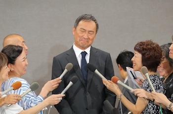 渡辺謙(世界のケン・ワタナベ)がゲス不倫を謝罪-南果歩とはどうなる?